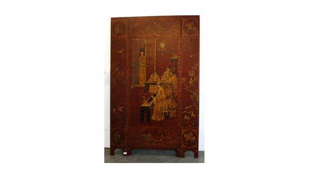19th Century Chinese Red Lacquered Three-Panel Floor Screen