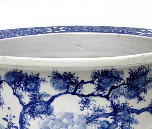 Antique Japanese blue and white porcelain planter (2)
