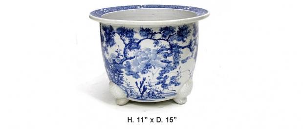 Antique Japanese blue and white porcelain planter
