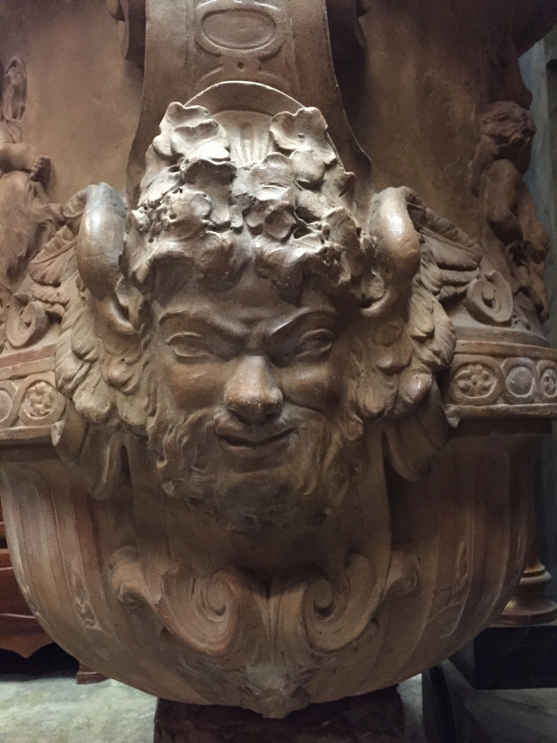 Important French Neoclassical style large terracotta garden urn (7)