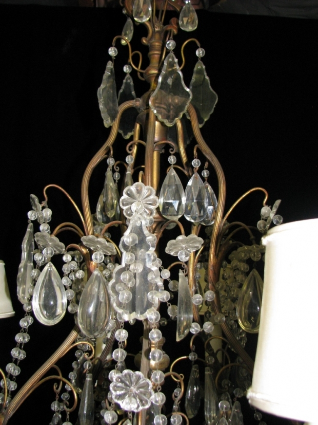 CH09  Antique Ventien cut crystal and beaded 10 light brass chandelier (2)
