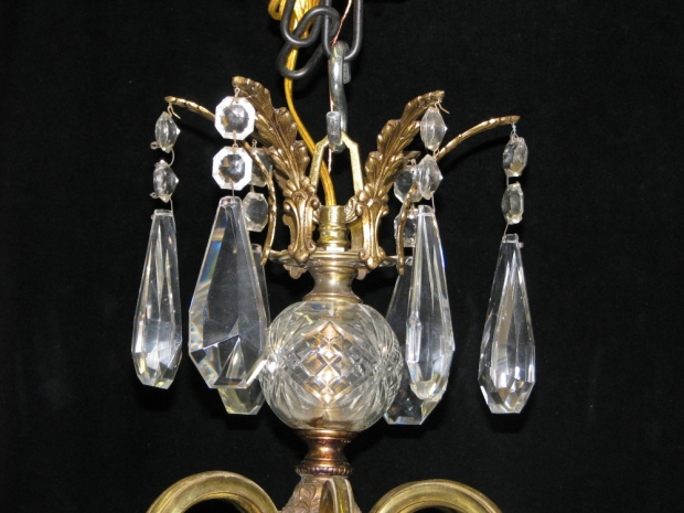 CH93 French cut crystal and gilt bronze 6 light chandelier (1)