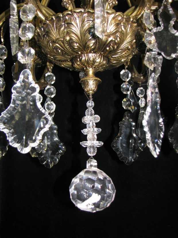 CH93 French cut crystal and gilt bronze 6 light chandelier (4)