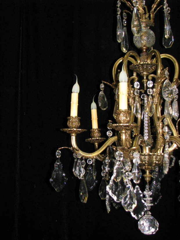CH93 French cut crystal and gilt bronze 6 light chandelier (6)