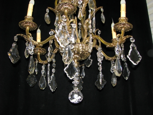 CH93 French cut crystal and gilt bronze 6 light chandelier (7)