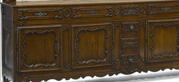 Monumental 18c Louis XVI finely carved oak vaisselier (1)