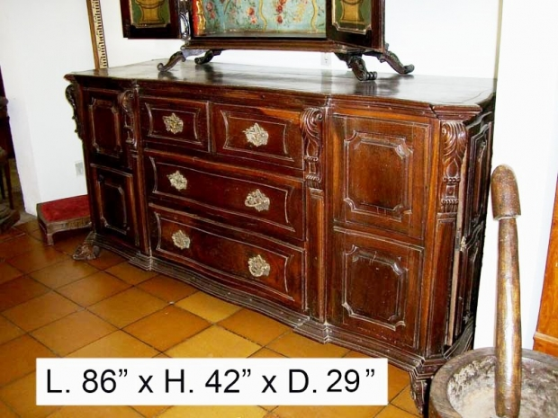 18 c. Portuguese Baroque Style Jacaranda wood Credenza with side doors (3)