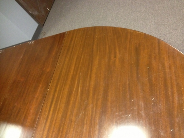 19c. American Baroque Style carved mahogany dining table with 5 leaves (7)