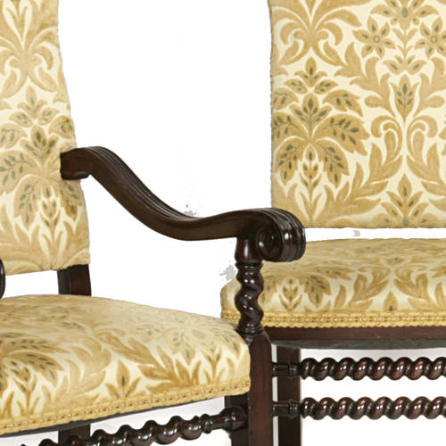 Impressive Eight Italian Baroque style dining chairs with spiral stretchers E20thC (3)
