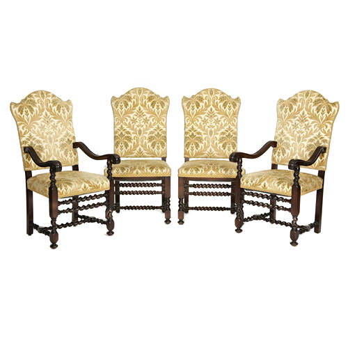 Impressive Eight Italian Baroque style dining chairs with spiral stretchers E20thC