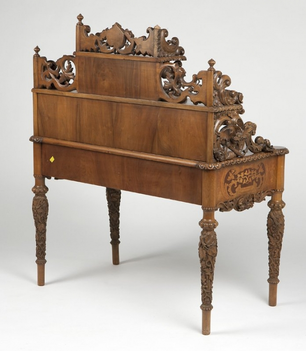 Exceptional 19c German finely carved and finely inlaid desk (8)