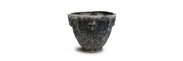 18th Century English Neoclassical Lead Garden Urn