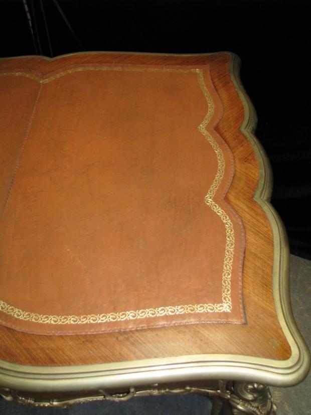 Fine and unusual 19c French louis XV style ormolu mounted kingwood partners  bureau plat (10)